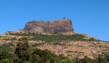 Harihar Fort ऐतिहासिक किला – हरिहर किले में स्थित मंदिर